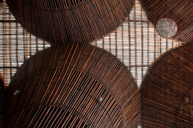 greenmore-dezeen_Kontum-Indochine-Cafe-by-Vo-Trong-Nghia-Architects_15