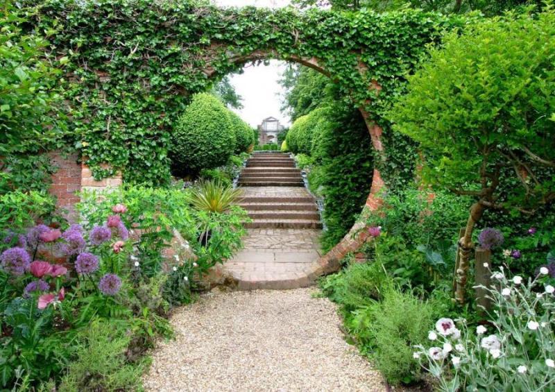 mistake garden - greenmore (3)