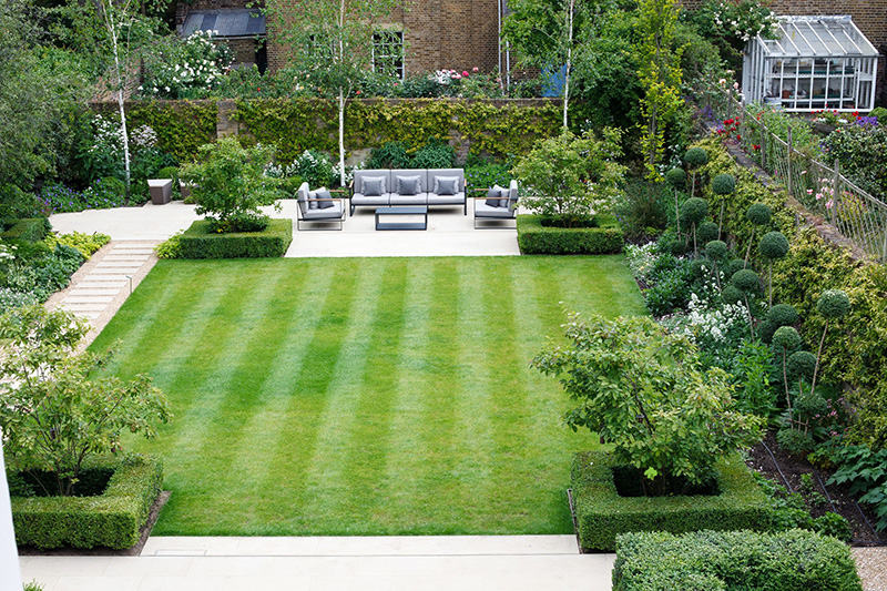 garden design ideas seating area Elegant Contemporary Garden Sea
