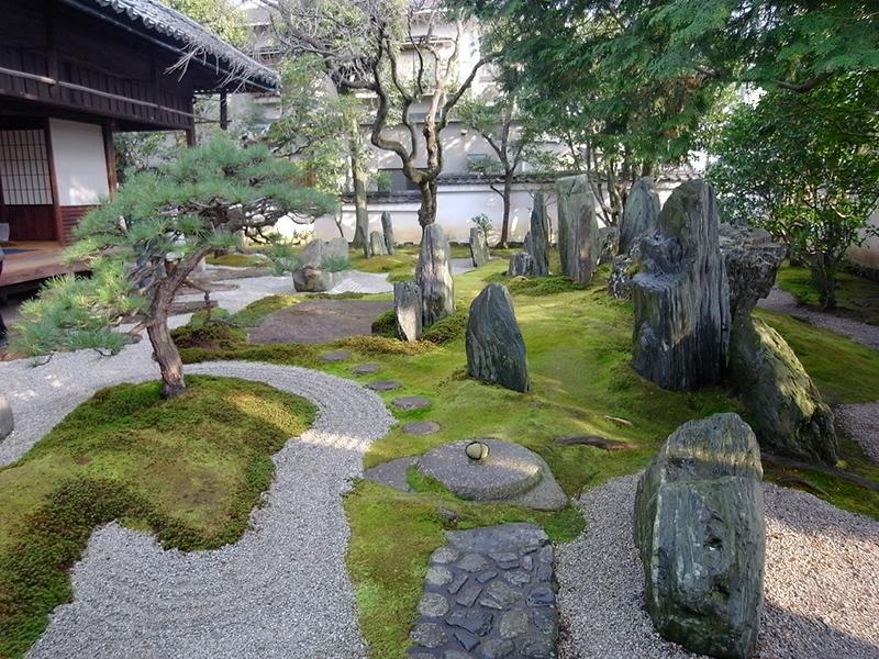 thiet-ke-san-vuon-nhat-ban-greenmore5