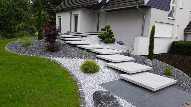7 mẫu lối đi sân vườn đơn giản mà đẹp cho nhà bạn