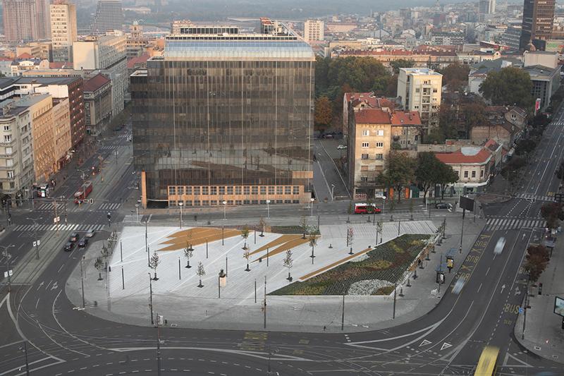 canh-quan-cong-cong-thanh-pho-Belgrade-Serbia-greenmore