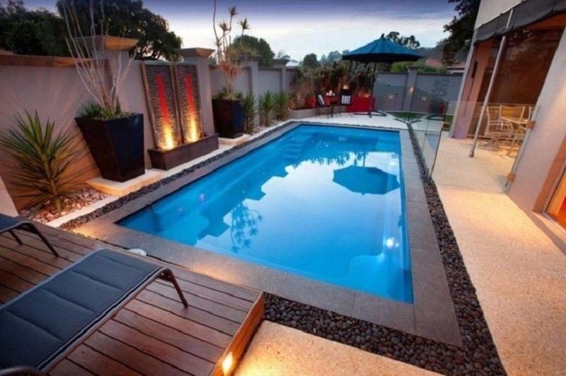 Thiết kế bể bơi vuông vắn sẽ toát lên vẻ hiện đại cho sân vườn và ngôi nhà