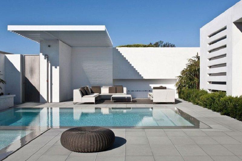 Bể bơi dành cho ngôi nhà hiện đại