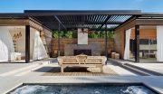 Những mẫu sân vườn đẹp hiện đại có bể bơi nhỏ xinh